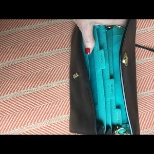 Tory Burch Bags - Tory Burch black Robinson concierge crossbody